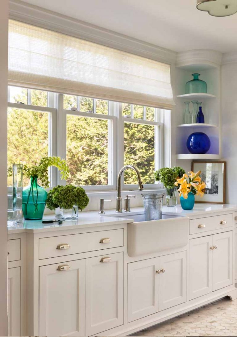 East Hampton, Long Island architect, classical, traditional, transitional interiors, neoclassical, renovation, bib sink, built-in